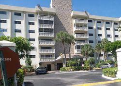 Ne 195th St , Miami FL
