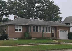 Foreclosure - Court St - Charles City, IA