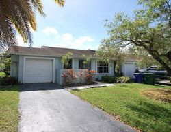 Lakewood Cir W Apt , Pompano Beach FL