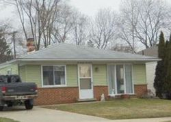 Foreclosure - Rensellor St - Livonia, MI
