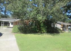 Foreclosure - Red Oak Dr - Baton Rouge, LA