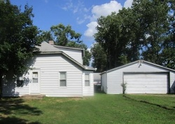 Foreclosure - Hannan Rd - Romulus, MI