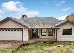 Foreclosure - D St - Elkton, OR