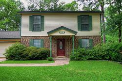 Royal Oaks St, Huntsville TX