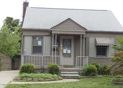 Foreclosure - Jackson St - Taylor, MI