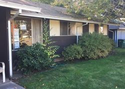 Foreclosure - Se Oak St - Gresham, OR