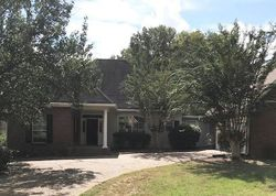 Foreclosure - Cross Creek Dr - Madison, MS