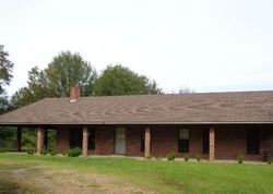Davis Rd, Benton MS