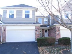 Bradley Cir, Elgin IL