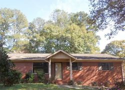 Foreclosure - Kull Dr - Lithia Springs, GA