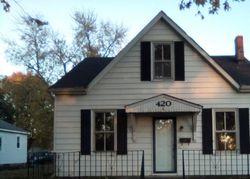 S Walnut St, Trenton IL