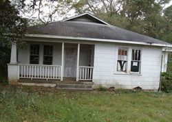 Foreclosure - S Collins St - Tylertown, MS