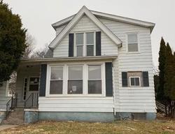 Foreclosure - E Washington St - Knoxville, IA