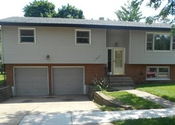 Foreclosure - Blackhawk Dr - Elgin, IL