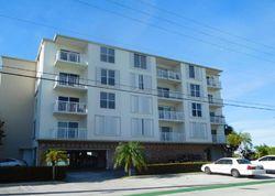 W Bay Harbor Dr D, Miami Beach FL