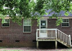 Foreclosure - Faye Kight Cir - Hartwell, GA