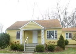 Foreclosure - Chestnut St - Holt, MI