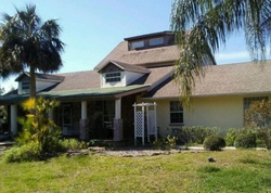 W Hickory Ave, Oak Hill FL