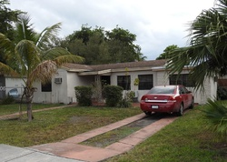 Foreclosure - Ne 130th St - Miami, FL