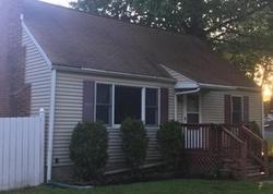 Foreclosure - Buckingham Ave - Milford, CT