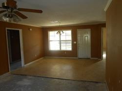 Foreclosure - Davis Ave - Canton, MS
