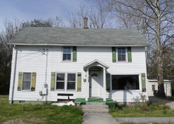 Foreclosure - W 6th St - Laurel, DE