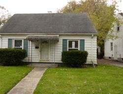 Foreclosure - Kingsville St - Harper Woods, MI