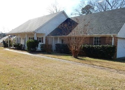 Foreclosure - Walnut Grove Dr - Pearl, MS