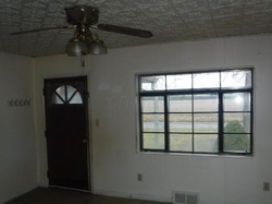 Foreclosure - Forry St - Newark, OH