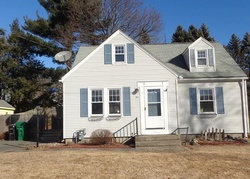 Foreclosure - Hillcrest St - Chicopee, MA