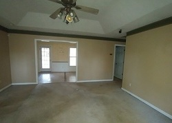 Foreclosure - Dogwood Ln - Phenix City, AL