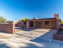 W Holladay Dr, Tucson AZ