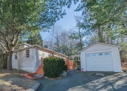 Foreclosure - Yacht Club Dr - Lake Hopatcong, NJ