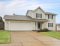 Foreclosure - Hollow Ridge Dr Ne - Rockford, MI