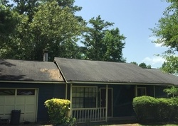 Leverett Dr, Lithonia GA