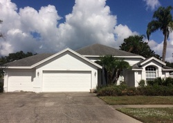 Foreclosure - Thomasville Pl - Wesley Chapel, FL
