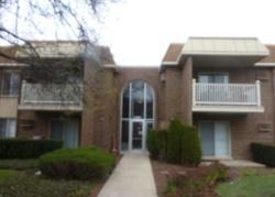 Foreclosure - E Churchill Dr Apt 101 - Palatine, IL