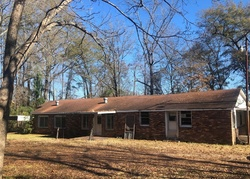 Foreclosure - College St - Columbus, MS