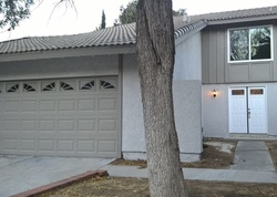 Foreclosure - Diane Marie Cir - Santa Clarita, CA