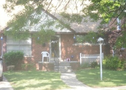 Foreclosure - Dolphin - Redford, MI