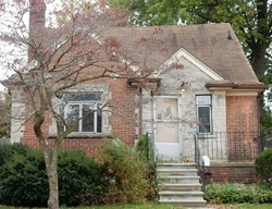 Foreclosure - Anita Ave - Grosse Pointe, MI
