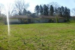Oak Hill Rd, Clinton TN
