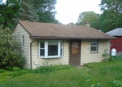 Foreclosure - Delaware Ave - Lake Hopatcong, NJ
