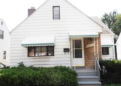 Foreclosure - Kenosha St - Harper Woods, MI