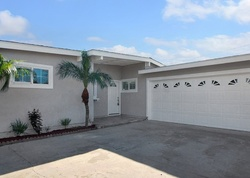 Foreclosure - Raymar St - Santa Ana, CA