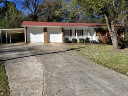 Foreclosure - Elizabeth Way - Ellenwood, GA