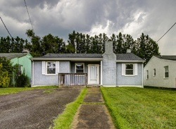Hillcrest Ave Nw, Roanoke VA