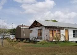 Magnolia St, Jourdanton TX