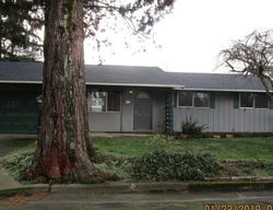 Foreclosure - E 7th St - Molalla, OR