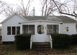 Foreclosure - Tuthill St - Dowagiac, MI
